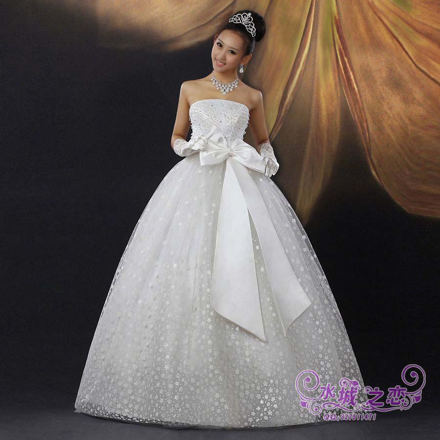 Изобр по > Свадебное Платье с Бантом Спереди